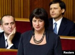 Парламентте сөйлеп тұрған Наталья Яресько. Киев, 2 желтоқсан 2014 жыл.