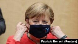 Գերմանիա - Կանցլեր Անգելա Մերկելը Բունդեսրաթում, Բեռլին, 3-ը հուլիսի, 2020թ.