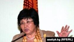 Президент Роза Отунбаева Оштогу жолугушууда, 12-сентябрь.