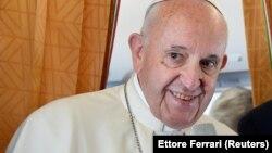 Понтифік висловив побажання, щоб люди більше замислювалися над «розважливими або шкідливими» щоденними рішеннями щодо споживання
