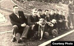 Перад матчам на турніры ў Польшчы (Блашко другі зьлева), 1958 год