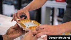 Google ширкәтенең квант санагының бер өлеше