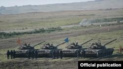 Nagorno-Karabakh - Karabakh Armenian troops hold exercises near the Line of Contact with Azerbaijan, 14Nov2014.