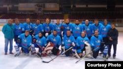 Македонскиот хокеј клуб Металург.