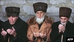 Старейшины на Северном Кавказе, архивное фото