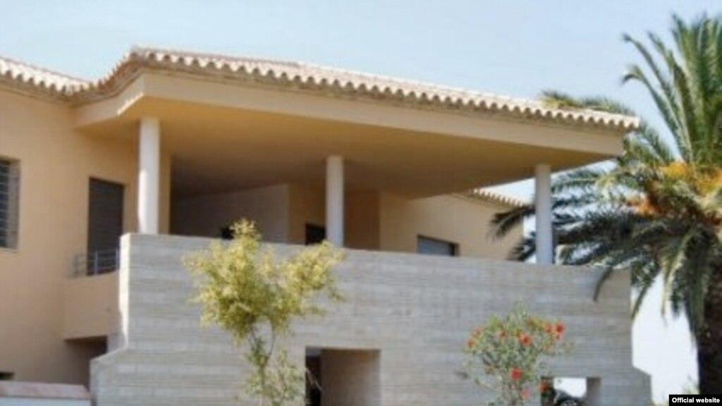 Недвижимость и вид на жительство в испании