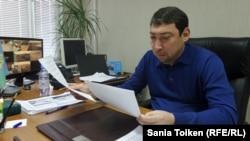 Начальник таможенного поста в морском порту Актау Талгат Каримов. Январь 2016 года.