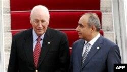 Dik Çeyni və Baş nazirin müavini Yaqub Eyyubov, 3 sentyabr 2008