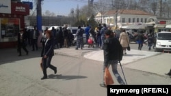 Затримання на центральному ринку Сімферополя, 6 квітня 2017 року