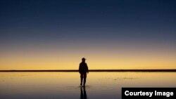 Закат над самым большим солончаком на континенте: Уюни, Боливия, Южная Америка. Фотография предоставлена автором