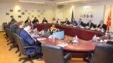 Средба на еврокомесарот Јоханес Хан со вицепремиерот за евроинтеграции Бујар Османи во Секретаријатот за европски прашања во Скопје за планот 3-6-9.
