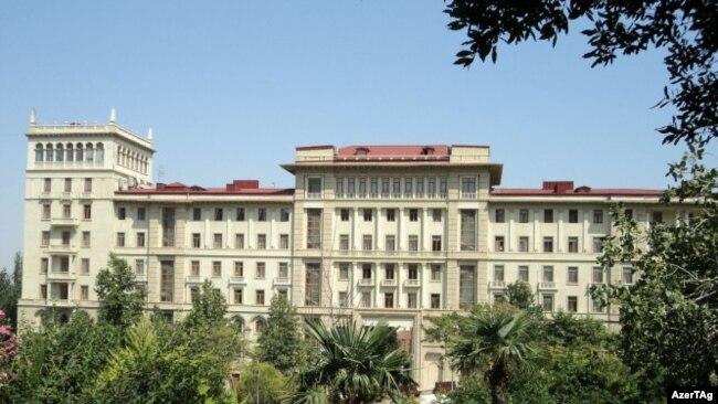 Nazirlər Kabinetinin binası, Bakı, arxiv foto