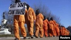 Маніфэстацыя супраць турмы Гуантанама. Вашынгтон, 2012.