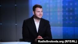 «Це точно не можуть підняти один річний бюджет або навіть два річні бюджети», – сказав в інтерв'ю Радіо Свобода міністр інфраструктури України Владислав Криклій