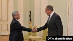 Armenia/Russia - Armenian President Serzh Sarkisian receives Russian Foreign Minister Sergei Lavrov, Yerevan,21Nov,2017