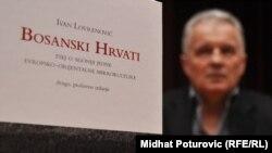 """Ivan Lovrenović, književnik, urednik i novinar, njegova knjiga """"Bosanski Hrvati: esej o agoniji evropski orijentalni mikrokulture"""", Sarajevo, 30. septembar 2010."""