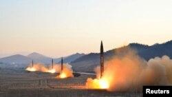 Sjeverna Koreja ispaljuje balističke rakete