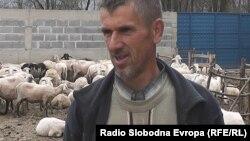 Осман Исмани, овчар од тетовско село Ѓермо.