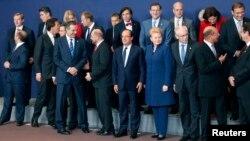 Еуропа Одағы елдері басшылары саммит кезінде. Брюссель, 24 қазан 2013 жыл.