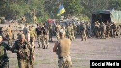 Староигнатьевка қаласындағы украин әскерилері. 10 тамыз 2015 жыл.