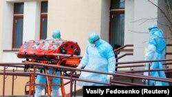 Minsk - o pacienta cu coronavirus, transportată la spital, 12 martie 2020