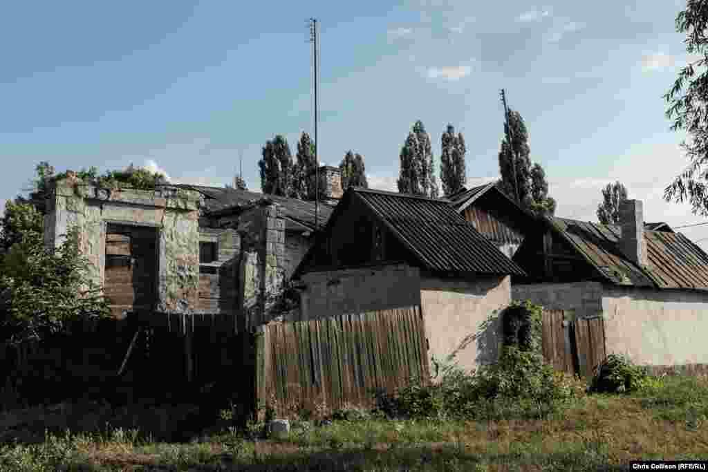 Шахтарське селище Стара Колона у Мирнограді