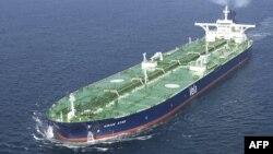 Нафтовий танкер, ілюстраційне фото