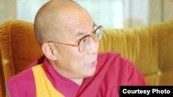 Далай-лама XIV, Нгагванг Ловзанг Тэнцзин Гьямцхо