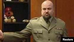 Миколай Пшибыл за несколько минут до неудавшегося самоубийства