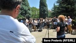 Sa protesta ispred zgrade RTCG-a, Podgorica