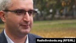Юрист у сфері земельного права Андрій Мартин пояснює, що таке виділення землі може бути легалізацією самочинної забудови