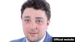 """Un senator """"bine orientat"""": Alfred-Laurenţiu-Antonio Mihai"""