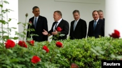 U.S. President Barack Obama (left) escorts Nordic leaders to the Oval Office of the White House in Washington, D.C., on May 13.