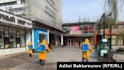 Бишкек. Дезинфекция иштери жүрүп жатат.