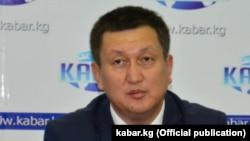 Алмаз Жээналиев.