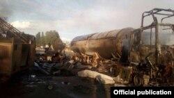 Ыстықкөл облысының Ананьево ауылында газ құю бекетінде болған жарылыстан кейінгі көрініс. 19 маусым 2017 жыл.