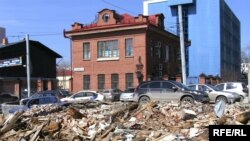 Исполнителей и заказчиков разрушения дома землемера Ярутина ищут милиция и прокуратура