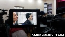 Азимжон Асқаров 2010 йилги июнь воқеасида тартибсизликларни уюштиришда айбланган.