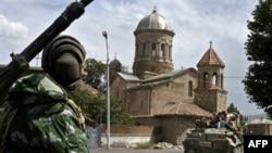 В Тбилиси не преминули высказать опасения по поводу масштабных маневров: аналогичные военные учения в 2008 году завершились вводом российских войск в Грузию