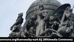 """Иван III на Памятнике """"1000-летие России"""" в Великом Новгороде. У его ног - побеждённые литовец, татарин и ливонский немец"""