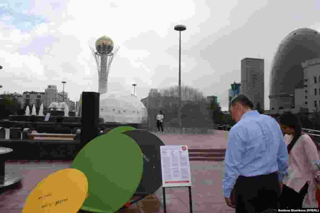 По словам Алмагуль Менлибаевой, каждый человек, который садится за стол переговоров, должен быть услышан, будь то государственный чиновник или уборщик.