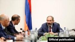 Nikol Pashinian Ermənistan Milli Təhlükəsizlik Şurasının iclasında