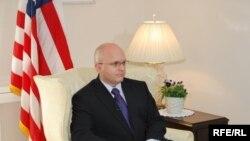 Амбасадорот на САД во РМ Филип Рикер