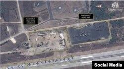 Спутниковые снимки российских самолетов в аэропорту Дамаска