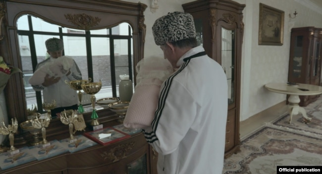 Рамзан Ахмадов. Кадр из фильма