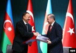 Azərbaycan Türkiyə prezidentləri görüş zamanı