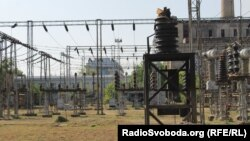 Луганська ТЕС у місті Щастя поблизу Луганська до 25 квітня постачала електроенергію по обидва боки лінії фронту