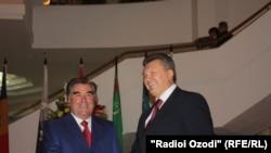 Фото из архива: Душанбе, сентябрь 2011 года