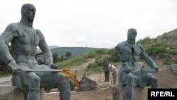 Меморіал загиблим воїнам у місті Горі, 4 серпня 2009 р.