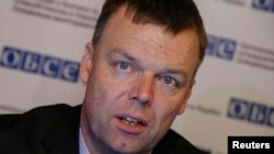 Alexander Hug, the deputy chief of the Special Monitoring Mission of the OSCE to Ukraine (file photo)